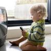 Studim: Televizori pengon zhvillimin e të folurit tek fëmijët