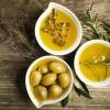 Vaj ulliri dhe kripë, për pastrimin dhe hidratimin e lëkurës