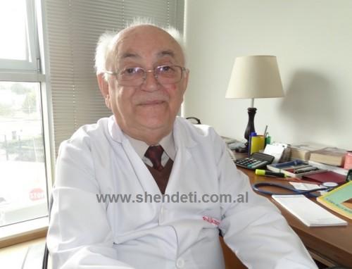 """Dr. Polikron Çelo duke folur për """"Shëndet+"""""""