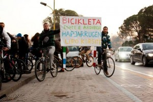 proteste, bicikleta eshte e ardhmja