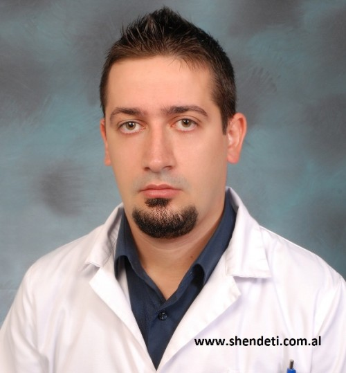Endrit Mone, fizioterapist