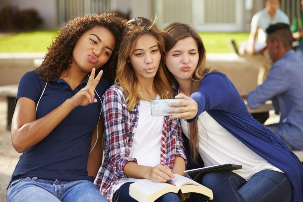 Rezultate imazhesh për adoleshentet